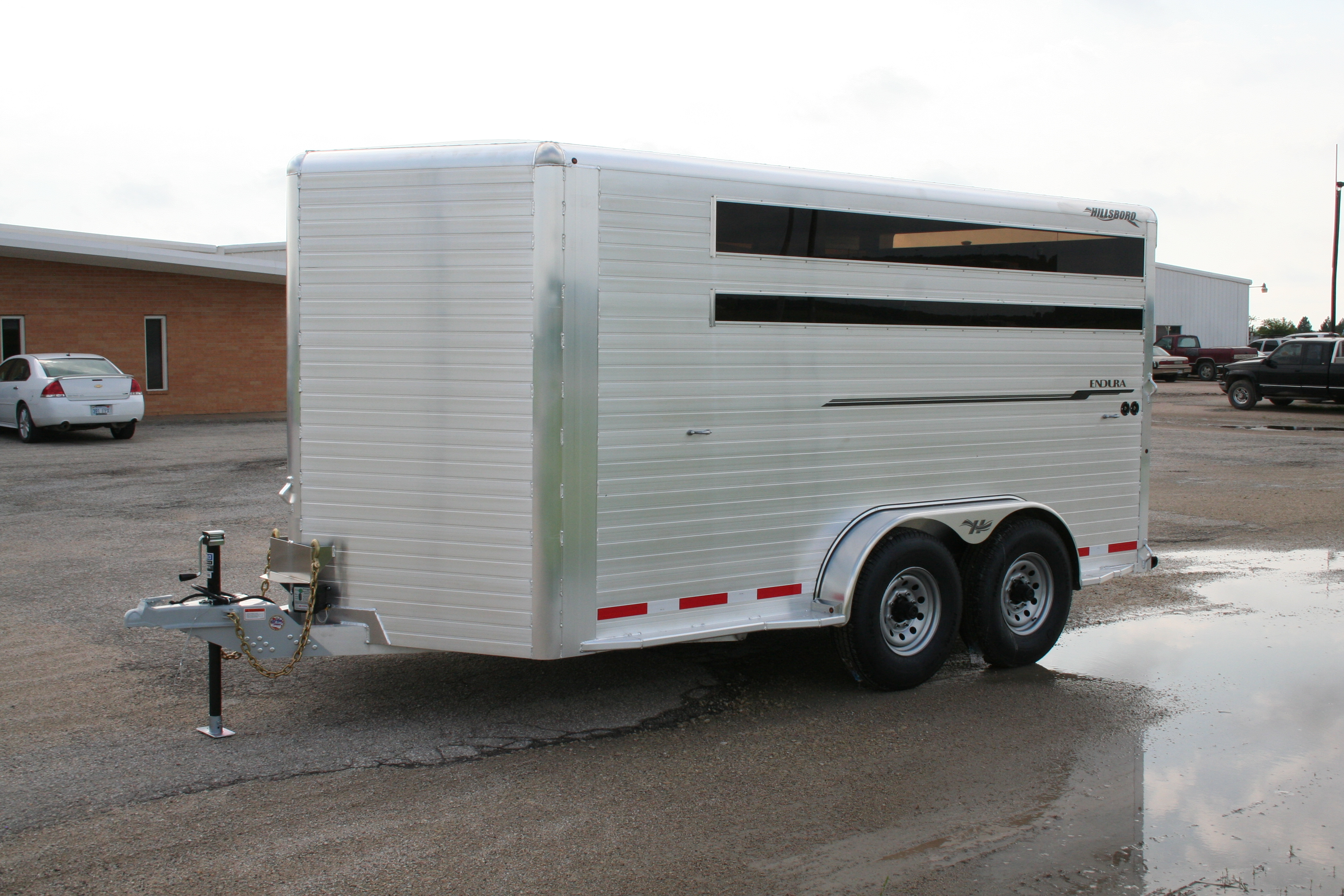 Endura Livestock Trailer Hillsboro Trailers And Truckbeds Horse Light Diagram Bumper Hitch With Optional Plexiglass Toggle Switches For Lighting